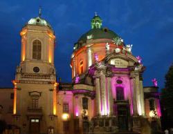 Реставрация витражей в Доминиканском соборе Львова