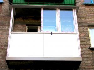 Заcтеклить балкон