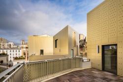 Создан золотой фасад для строения