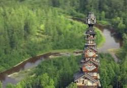 Строительство деревянного небоскреба-избы
