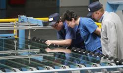 В СЭЗ «Джизак» строится крупнейший в Центральной Азии стекольный завод