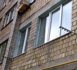 Наружные сушилки для белья с установкой по Киеву от Викна-Траст.