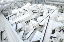 Ненужные ПВХ-окна научились перерабатывать в Турции
