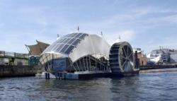 Уникальная лодка на солнечных батареях